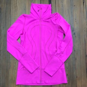 Lululemon Athletica In-Stride Jacket, size 6